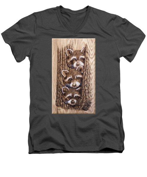 Tres Amegos Men's V-Neck T-Shirt