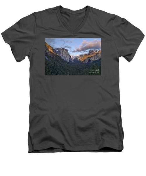 Tunnel View Men's V-Neck T-Shirt