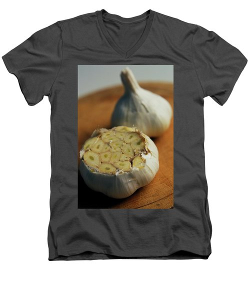 Two Heads Of Garlic Men's V-Neck T-Shirt