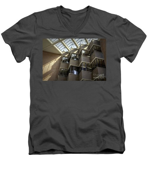 Uf Marston Science Library Accordian Window Wall Men's V-Neck T-Shirt