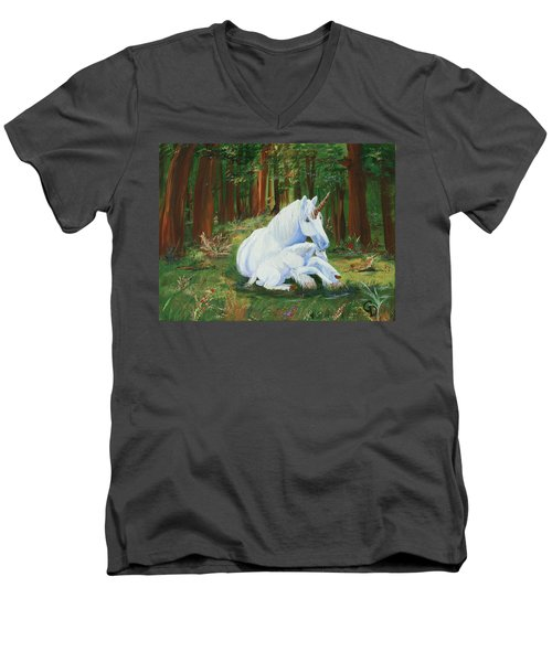 Unicorns Lap Men's V-Neck T-Shirt