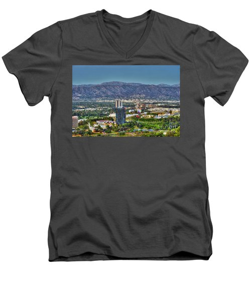 Universal City Warner Bros Studios Clear Day Men's V-Neck T-Shirt