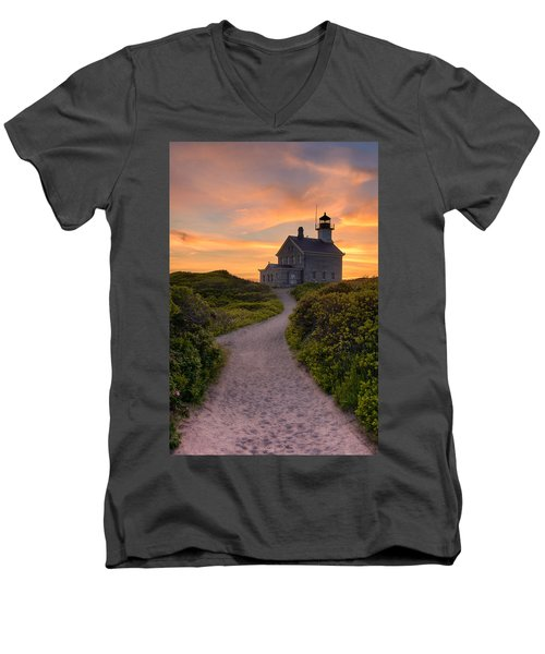 Up To The Light Men's V-Neck T-Shirt
