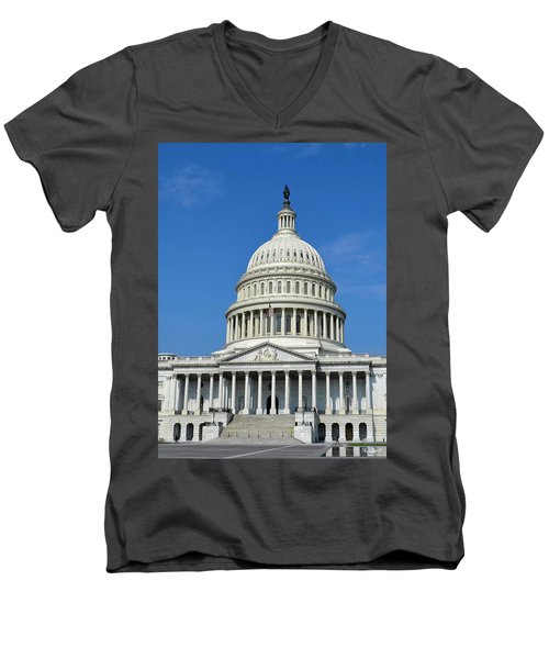Us Capitol Building Men's V-Neck T-Shirt