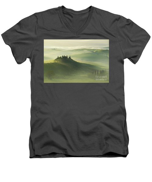 Val D'orcia Men's V-Neck T-Shirt