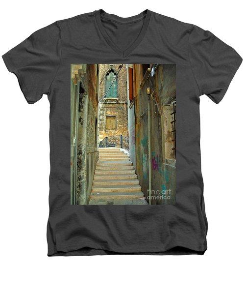 Venetian City Of Bridges Men's V-Neck T-Shirt