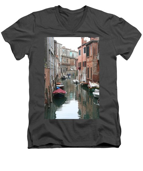 Venice Backstreets Men's V-Neck T-Shirt