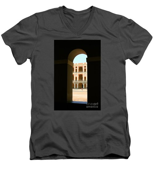 Ventana De Arco Men's V-Neck T-Shirt