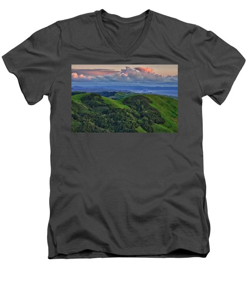 View Of Morro Bay Men's V-Neck T-Shirt