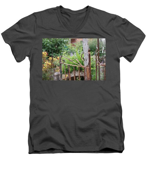 Vintage Gate Men's V-Neck T-Shirt