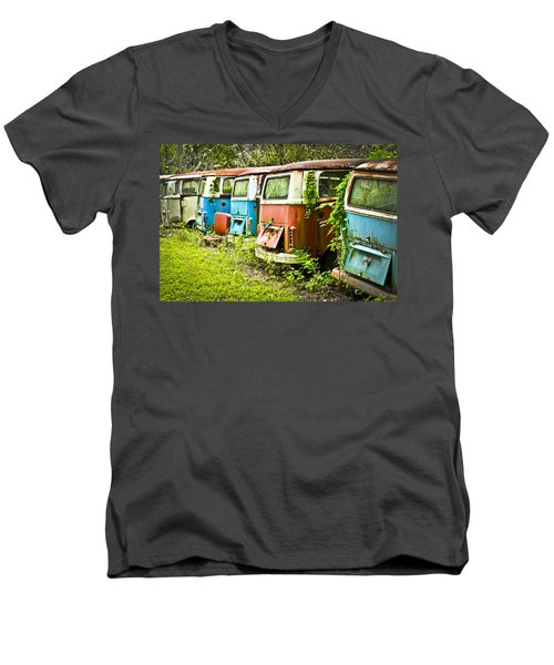 Vw Buses Men's V-Neck T-Shirt