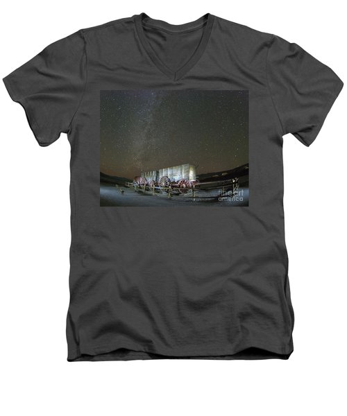 Wagon Train Under Night Sky Men's V-Neck T-Shirt