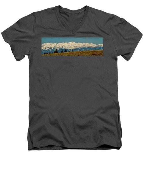Wallowa Mountains Oregon Men's V-Neck T-Shirt