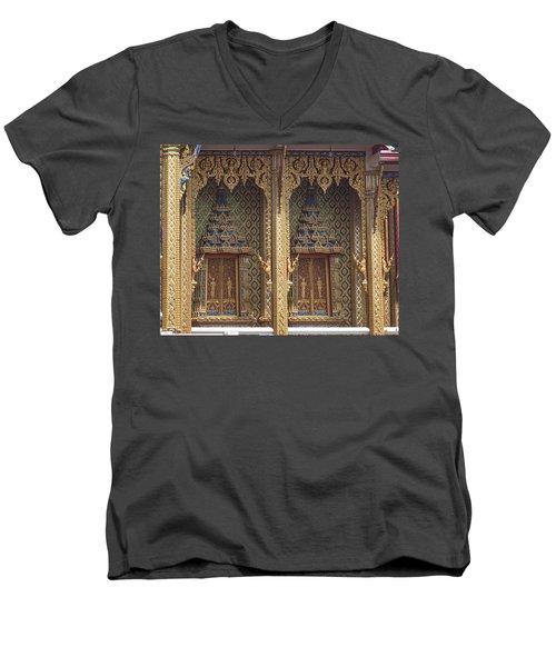 Wat Thung Setthi Ubosot Window Dthb1550 Men's V-Neck T-Shirt