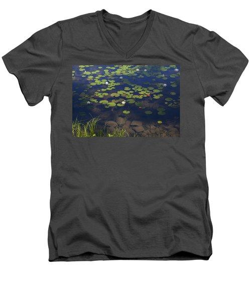 Water Lilies Men's V-Neck T-Shirt
