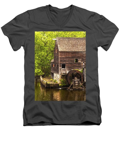 Men's V-Neck T-Shirt featuring the photograph Water Wheel At Philipsburg Manor Mill House by Jerry Cowart