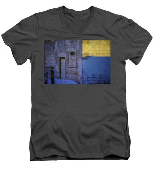 White Building Men's V-Neck T-Shirt