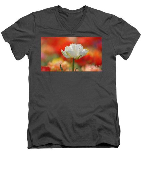 White Tulip Weisse Gefuellte Tulpe Men's V-Neck T-Shirt