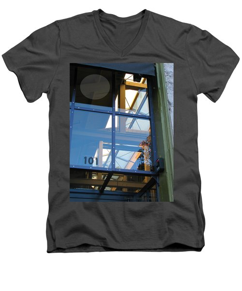 Windows 101 Men's V-Neck T-Shirt