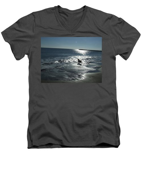 winter in Les Ste Marie de la mer Men's V-Neck T-Shirt