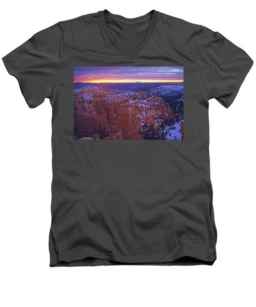 Winter Sunrise At Bryce Canyon Men's V-Neck T-Shirt