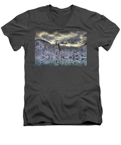 Winter Sunset Men's V-Neck T-Shirt