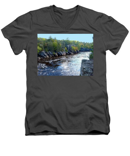 Wisconsin Shores 1 Men's V-Neck T-Shirt