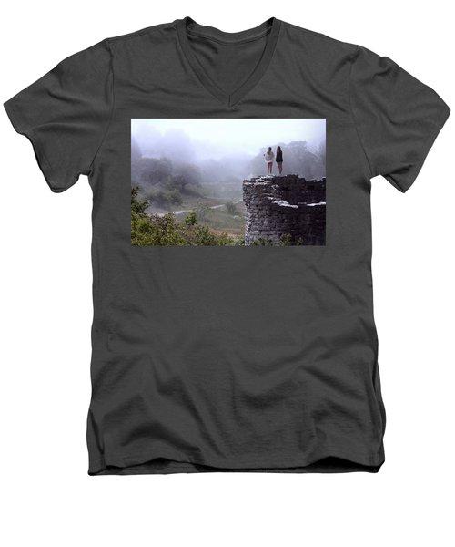 Women Overlooking Bright Foggy Valley Men's V-Neck T-Shirt