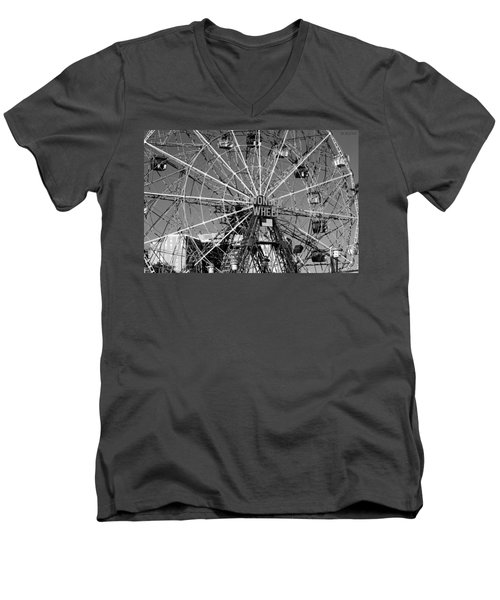 Wonder Wheel Of Coney Island In Black And White Men's V-Neck T-Shirt