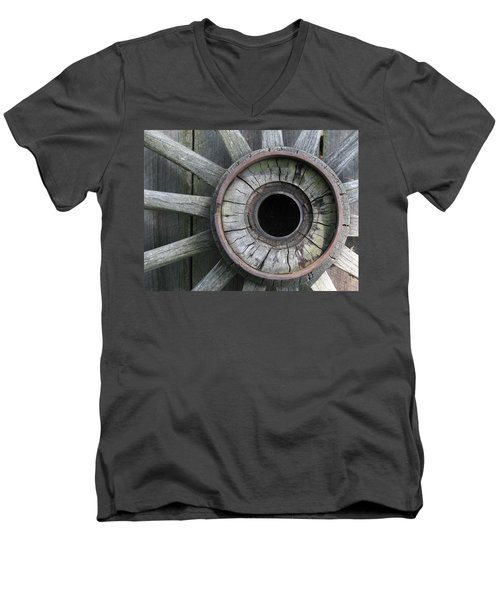 Wooden Wheel Men's V-Neck T-Shirt
