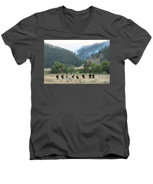 Men's V-Neck T-Shirt featuring the photograph Wyoming Hot Shots Walk To Their Assignment by Bill Gabbert