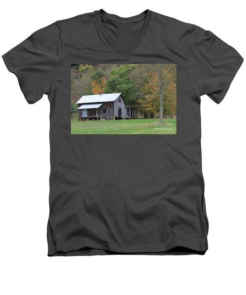 Ye Old Cabin In The Fall Men's V-Neck T-Shirt