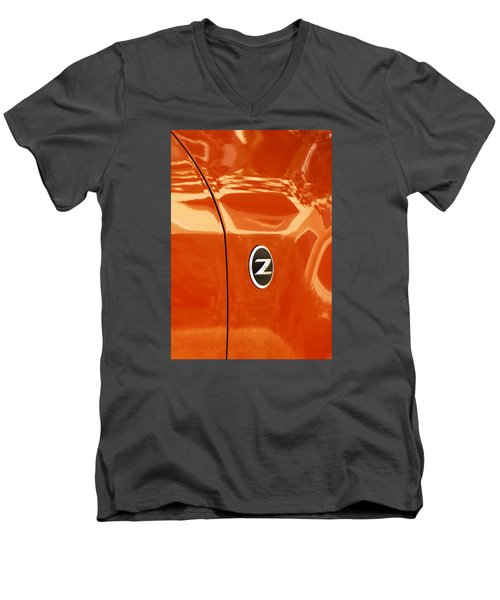 Z Emblem P Men's V-Neck T-Shirt