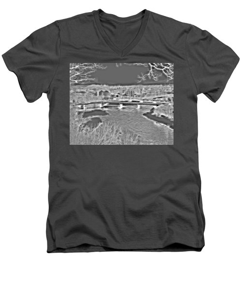 Zanesville Ohio Ybridge Men's V-Neck T-Shirt
