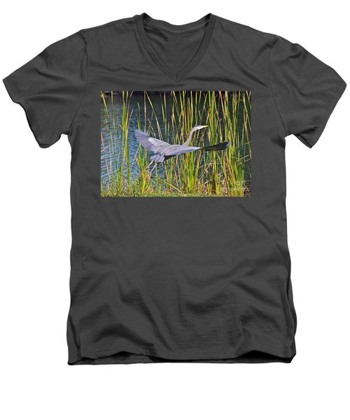 Taking Off Men's V-Neck T-Shirt