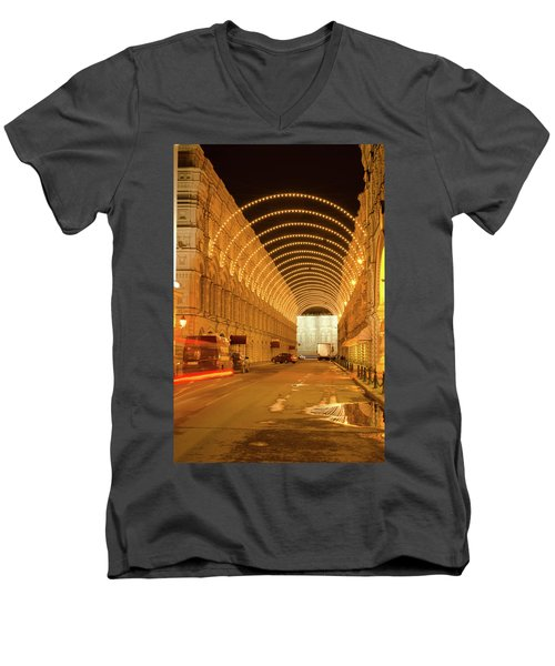 Red Square In Moscow At Night Men's V-Neck T-Shirt