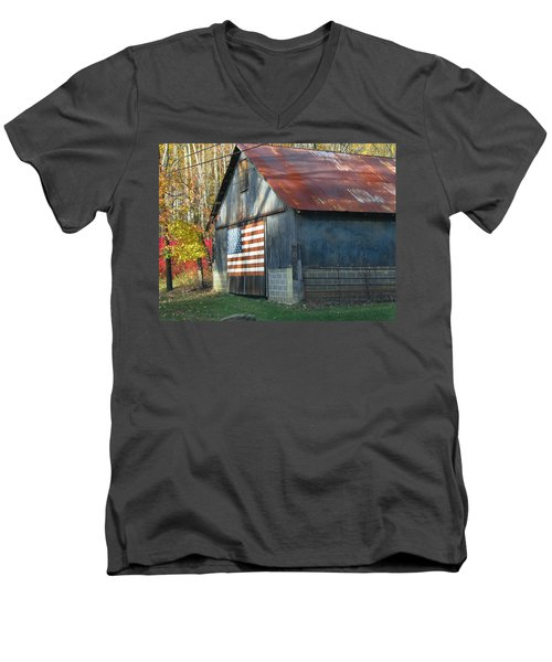 Men's V-Neck T-Shirt featuring the photograph Americana Barn by Clara Sue Beym