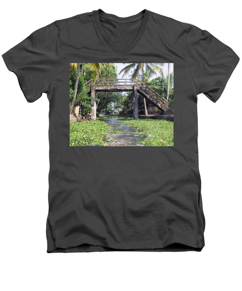 An Old Stone Bridge Over A Canal In Alleppey Men's V-Neck T-Shirt