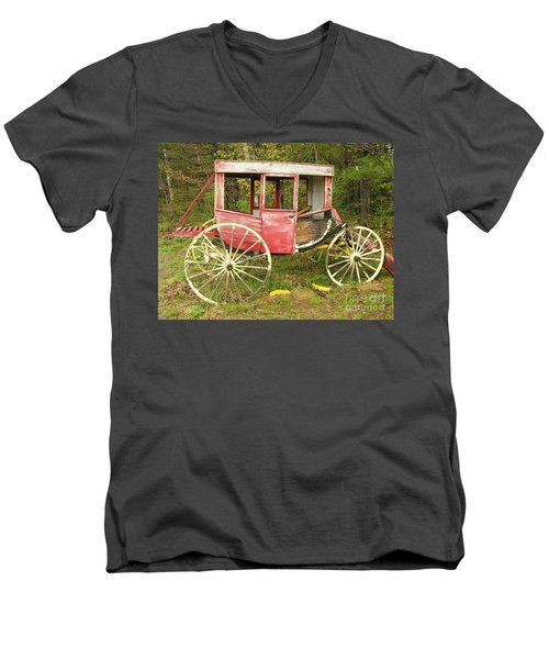 Men's V-Neck T-Shirt featuring the photograph Old Horse Drawn Carriage by Sherman Perry