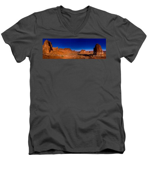 Arches National Park Men's V-Neck T-Shirt