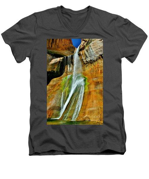 Calf Creek Falls II Men's V-Neck T-Shirt