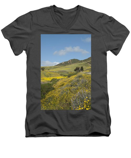 California Hillside View I Men's V-Neck T-Shirt