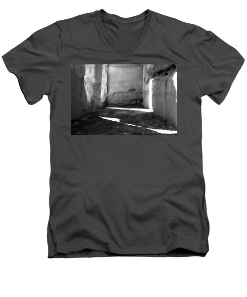 Casa Grande Ruin  Men's V-Neck T-Shirt
