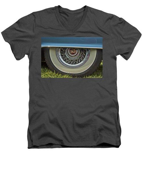 Classic Cadillac Wheel Men's V-Neck T-Shirt