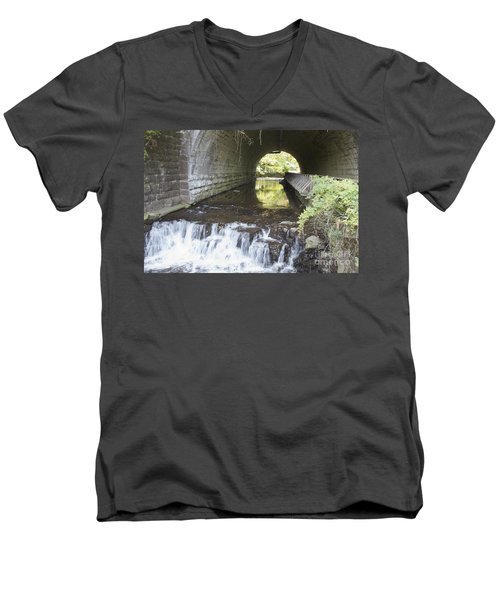 Men's V-Neck T-Shirt featuring the photograph Corbetts Glen by William Norton
