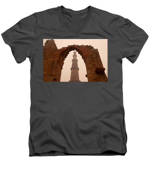 Cross Section Of The Qutub Minar Framed Within An Archway In Foggy Weather Men's V-Neck T-Shirt