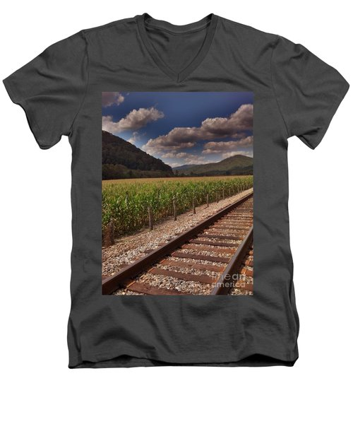 Men's V-Neck T-Shirt featuring the photograph Del Rio Tennessee by Janice Spivey