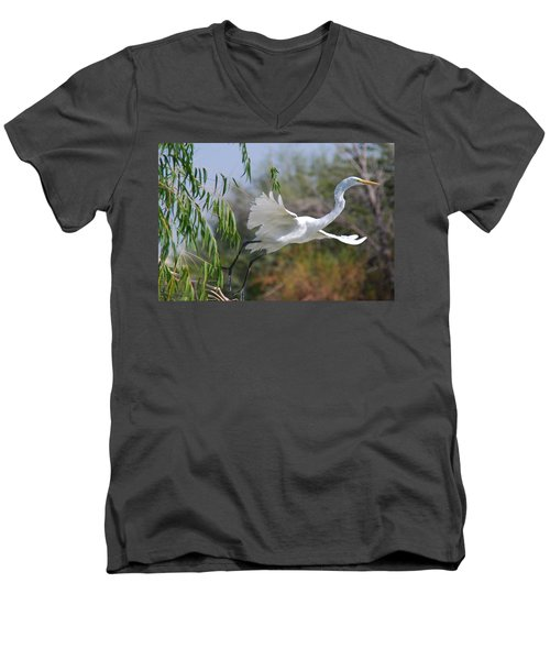 Men's V-Neck T-Shirt featuring the photograph Egret's Flight by Tam Ryan