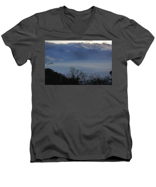 Men's V-Neck T-Shirt featuring the photograph Evening At Grants Pass by Mick Anderson
