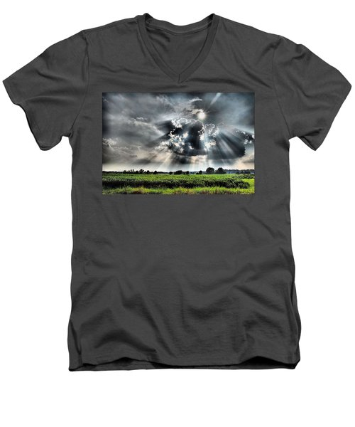 Field Of Beams Men's V-Neck T-Shirt